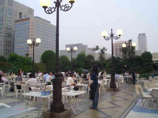 http://image1-1.tabelog.k-img.com/restaurant/images/Rvw/1707/1707718.jpg