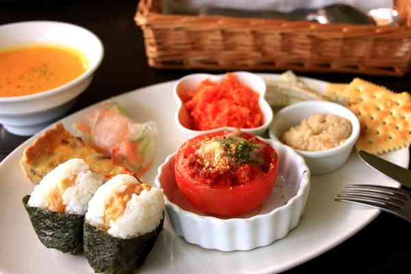 http://image1-4.tabelog.k-img.com/restaurant/images/Rvw/35108/35108820.jpg