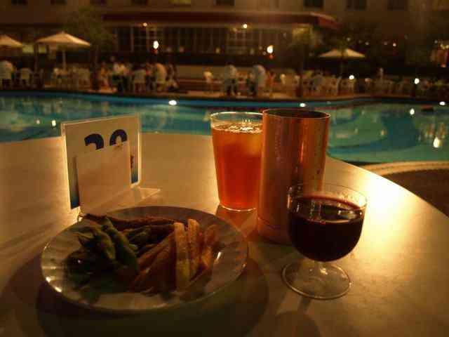 http://image1-2.tabelog.k-img.com/restaurant/images/Rvw/13806/640x640_rect_13806602.jpg