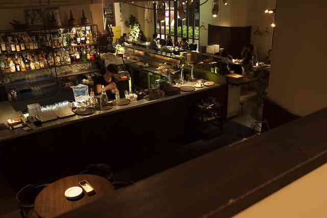http://image1-2.tabelog.k-img.com/restaurant/images/Rvw/27574/640x640_rect_27574933.jpg