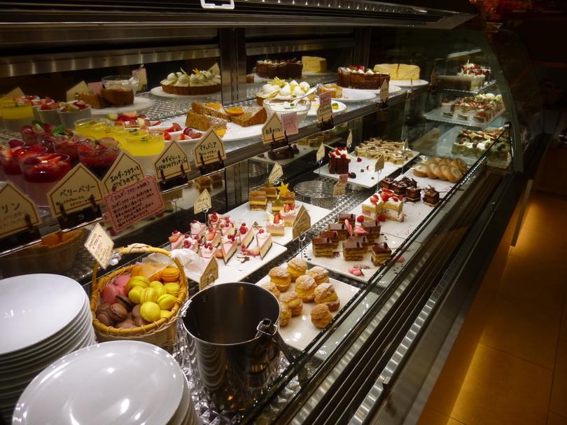 【カロリーという言葉は忘れてください】都内のスイーツ食べ放題カフェ5選!