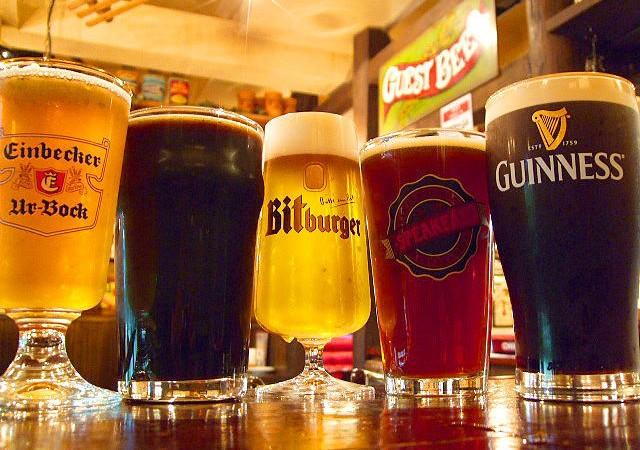 年中オクトーバーフェス!世界中のビールが飲める貴重なバー5選!
